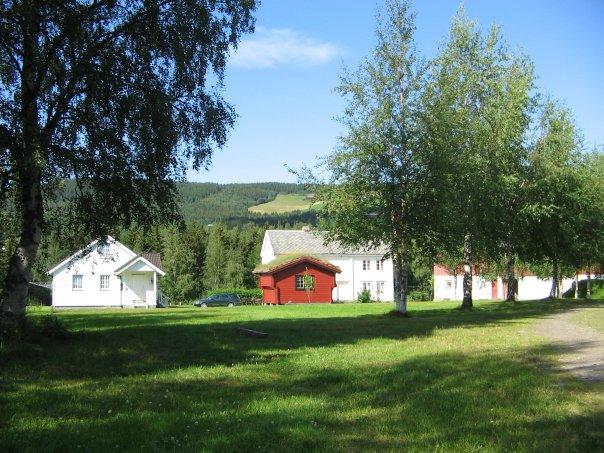 Aunøien gård